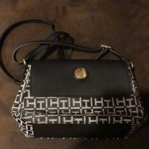 Brand new tommy hill her purse